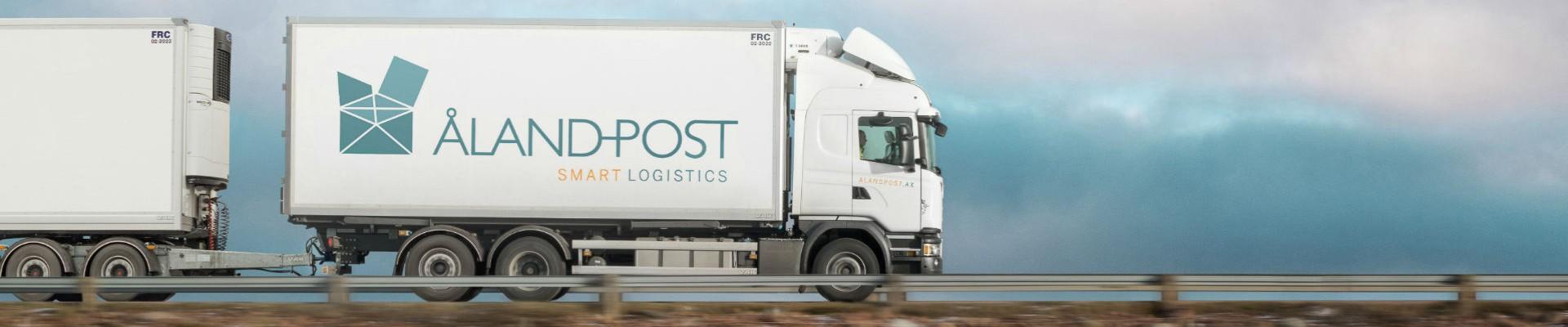 Åland Post transporter med långtradare